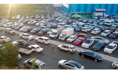 Black cars banned in Turkmenistan since 2018