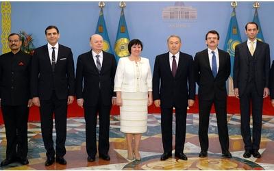 Внебрачный сын назарбаева фото