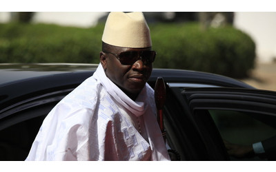 West African force poised to ensure Gambian transfer of power