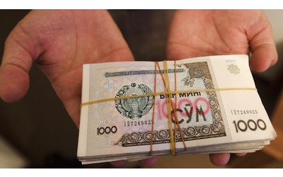 Uzbekistan may let citizens buy hard currency openly within days - sources