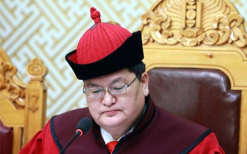 Magistrado Dorj Odbayar en funciones