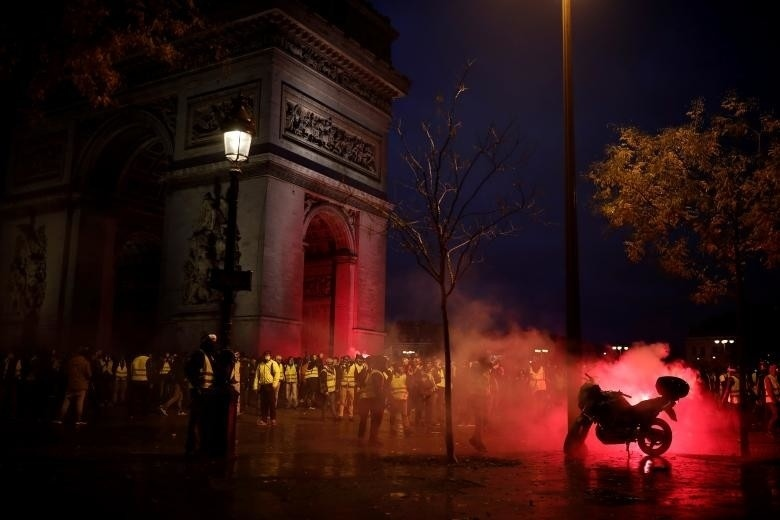 Macron to address France next week on protests - AKIpress News Agency