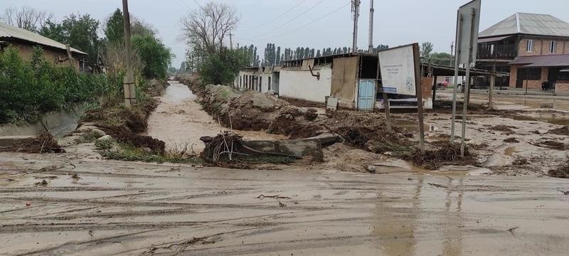 Dam partially leaks in Kadamjay, 1,500 people evacuated